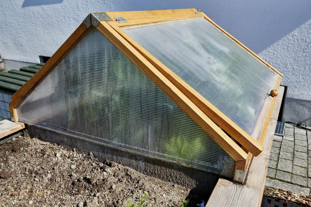 hochbeet mit dach hochbeet mit dach selber bauen. Black Bedroom Furniture Sets. Home Design Ideas